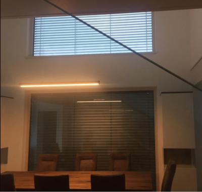 LED Holzlampe EOS, Designerlampe, dezente Lampe, Lampe mit schönem Design, Lampe für Esszimmer, Lampe für Esstisch, Holzlampe, schöne Lampen, Tischlampe, Pendellampe, Hängelampe, Hängeleuchten, Lampe für Essbank, interior Design, Handarbeit, Austria, upcycling lampe