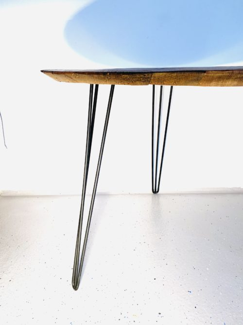 gebürstete Oberfläche, Eichen Esstisch, altholz Esstisch, Kaffe & Tee Tisch, Tischerl, Handgefertigte Tische, schöne Tische, apollonLUX